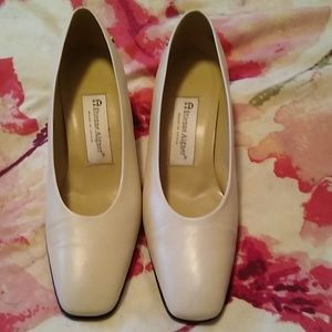 Previously worn nice condition heels.